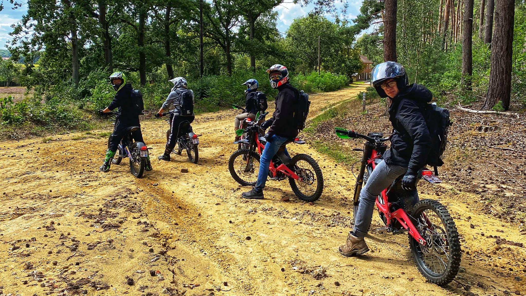 elektirsch offroad rijden E-tour Sur-ron Endurofun 5